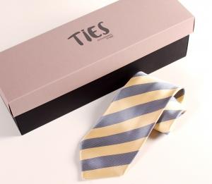 Caja rectangular corbatas