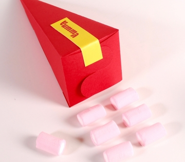 Cone-shaped box for sweets