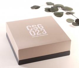 Presentation box, lifting lid