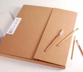 Carpeta de cartón grande para envíos