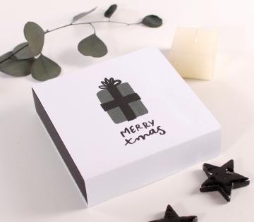 Scatola quadrata per regali di Natale