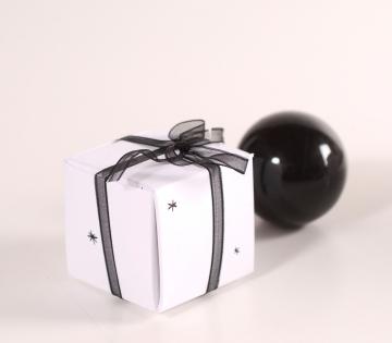 Caja navideña para regalar cremas