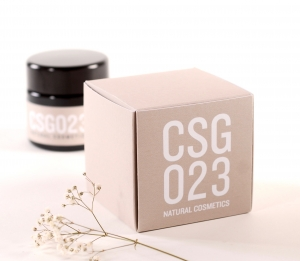 Square box for gifts and cosmetics